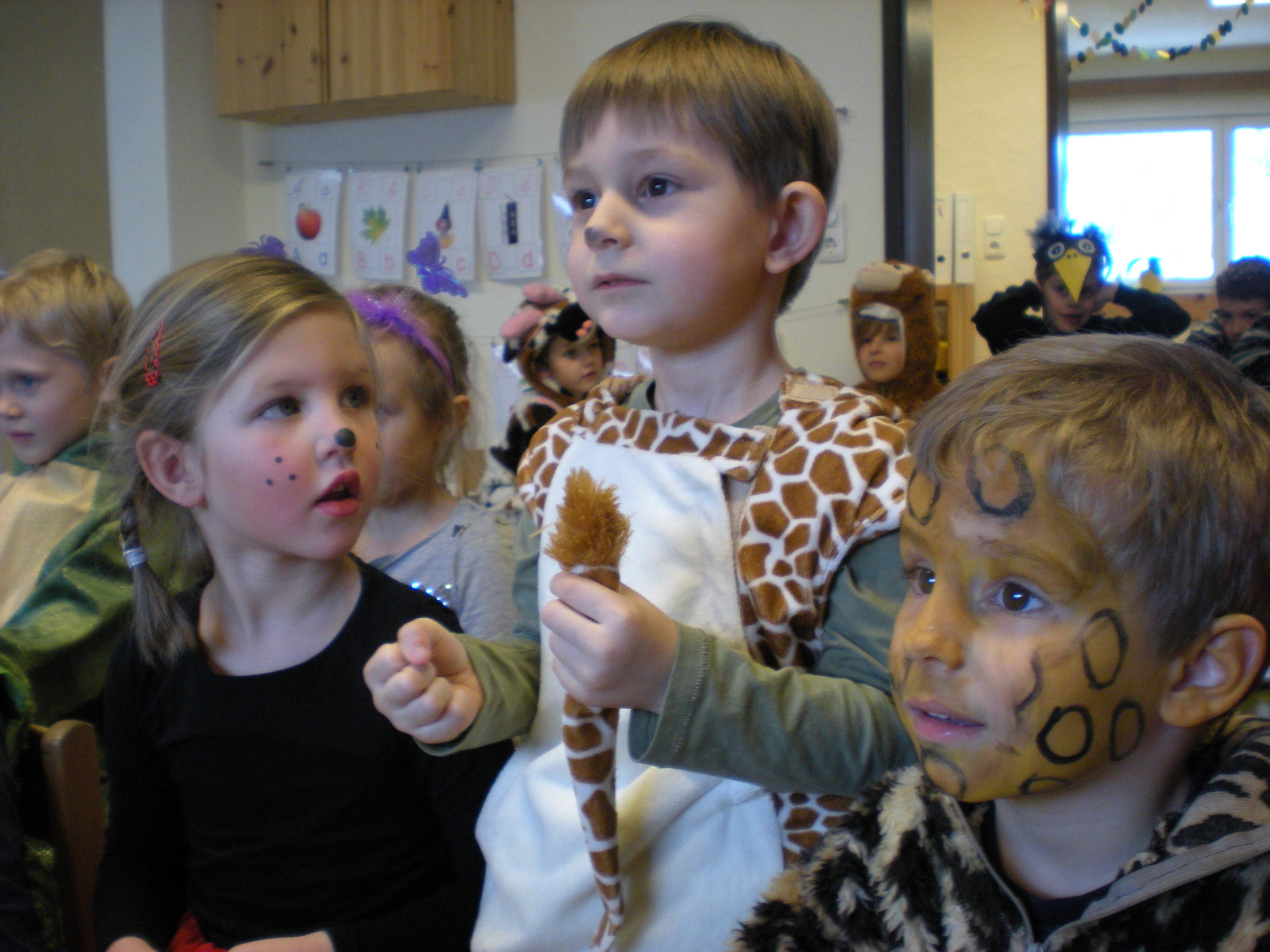 Fasching Im Kindergarten Montessori Zentrum Oberland